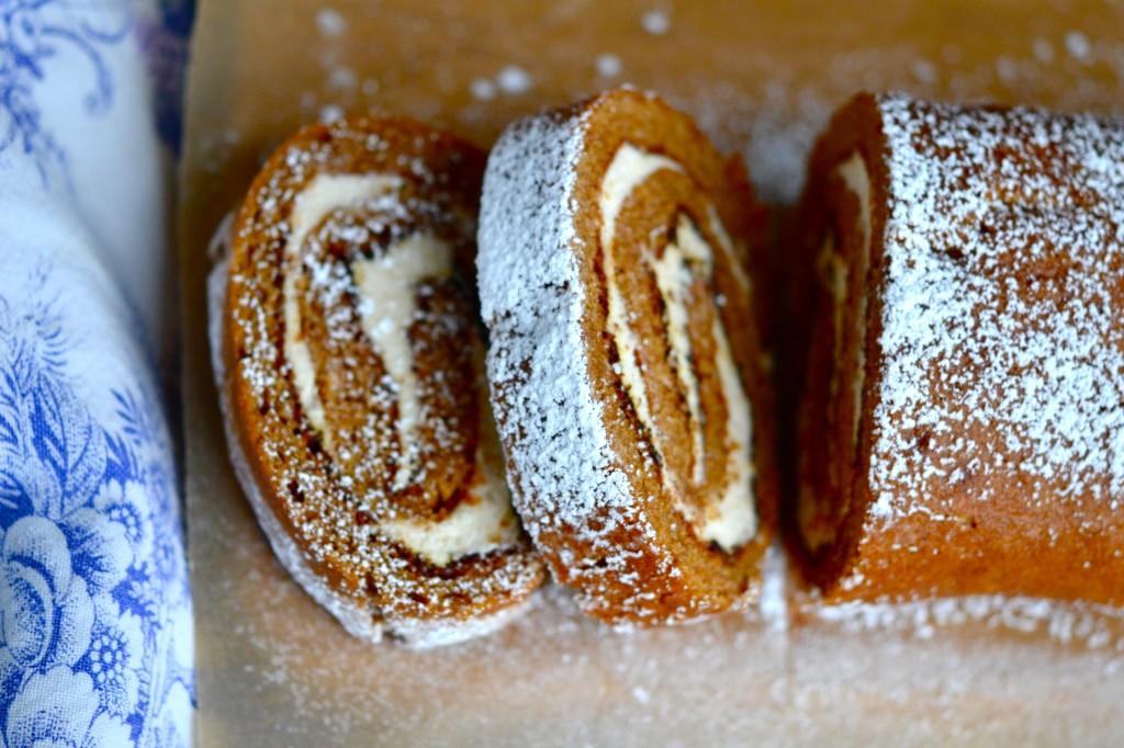 Gluten-Free Pumpkin Cake Roll