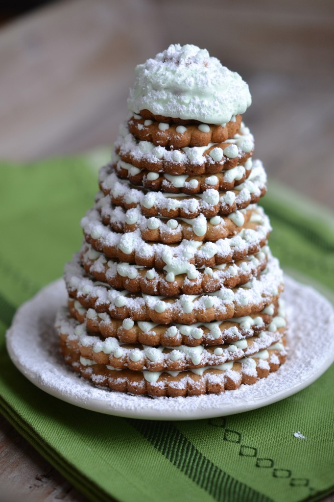 A Christmas Tree Cookie How-To for Dummies like me