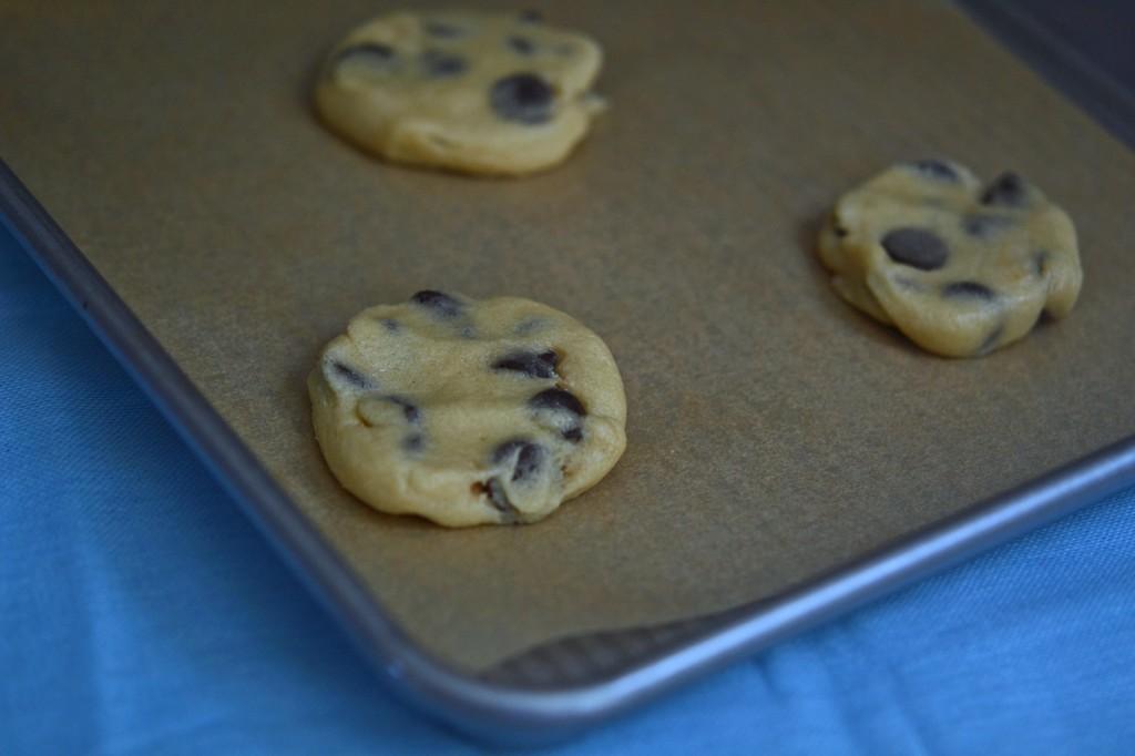 Gluten Free Chocolate Chip Cookies: Thin & Crispy