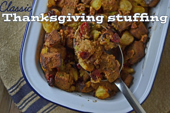 Classic Gluten-Free Thanksgiving Stuffing