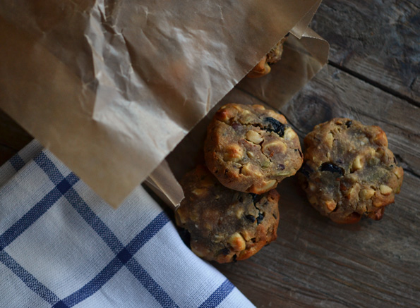 Sort of Paleo Makeover: Vegan Power Bites from Gluten-Free on a Shoestring Quick & Easy
