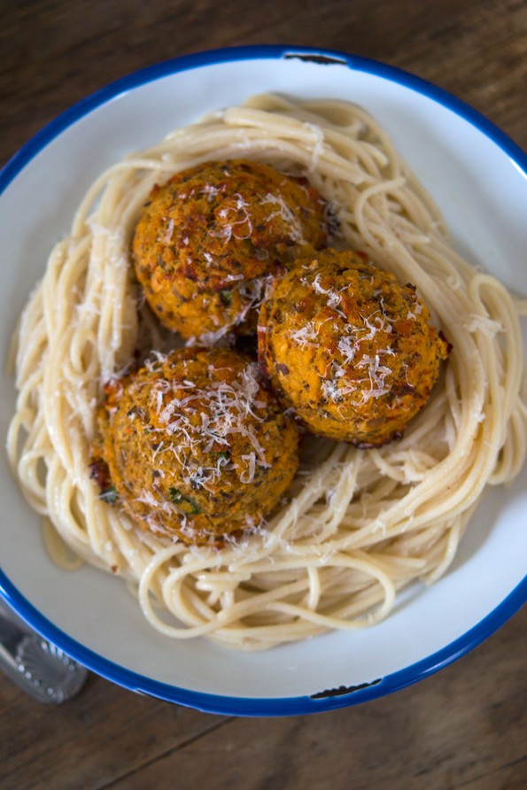 Gluten Free Vegetarian Meatballs (with Red Lentils & Mushrooms)