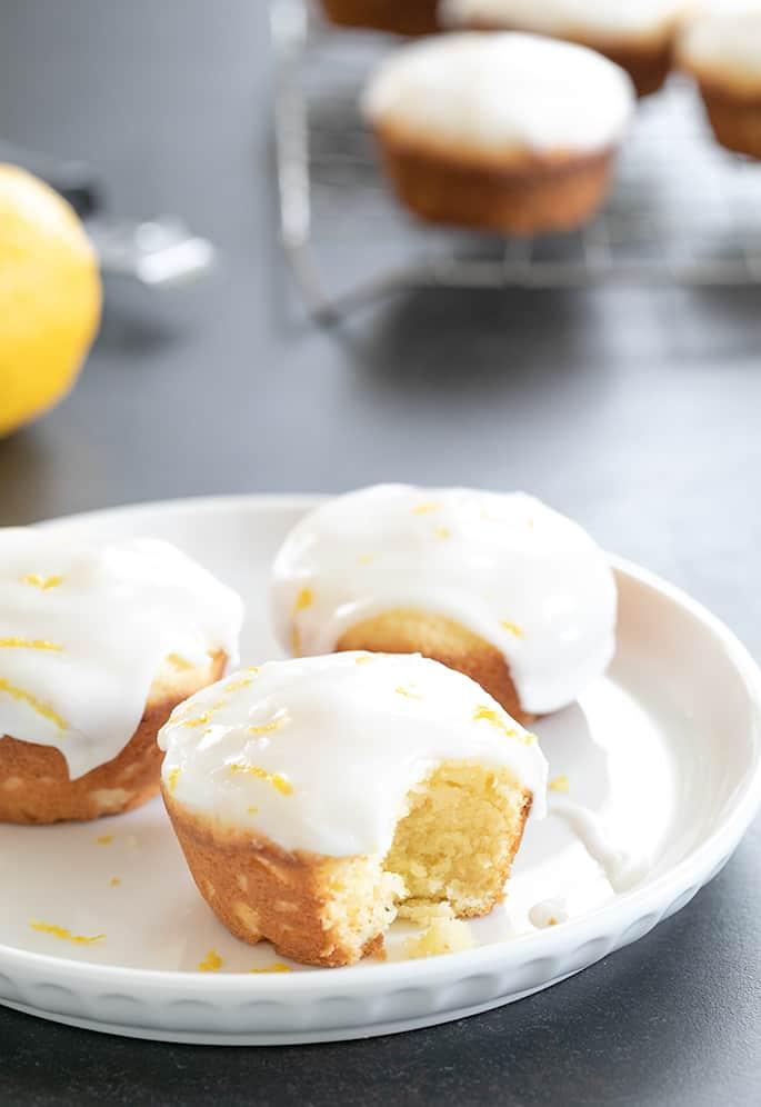 Lemon cupcakes three on a plate