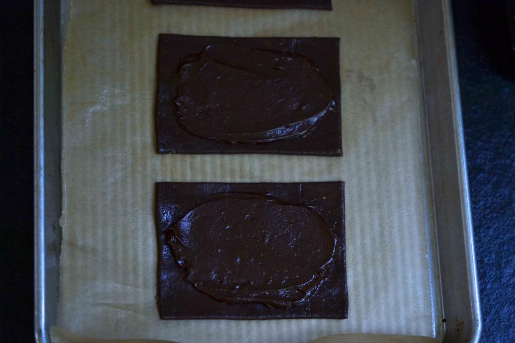 2 raw pop tart style baked goods