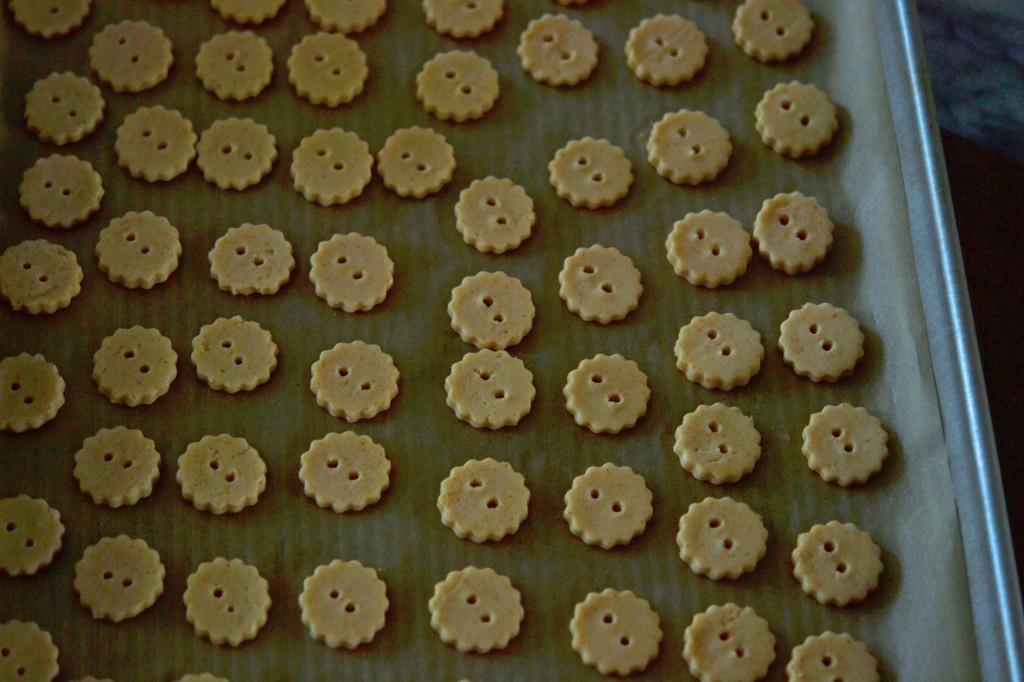 Raw ritz style crackers