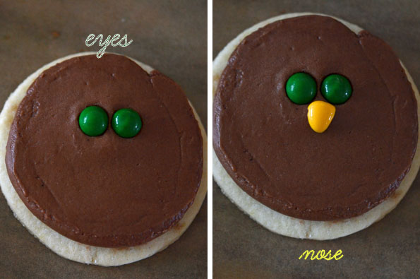 A close up of a cookie with turkey design