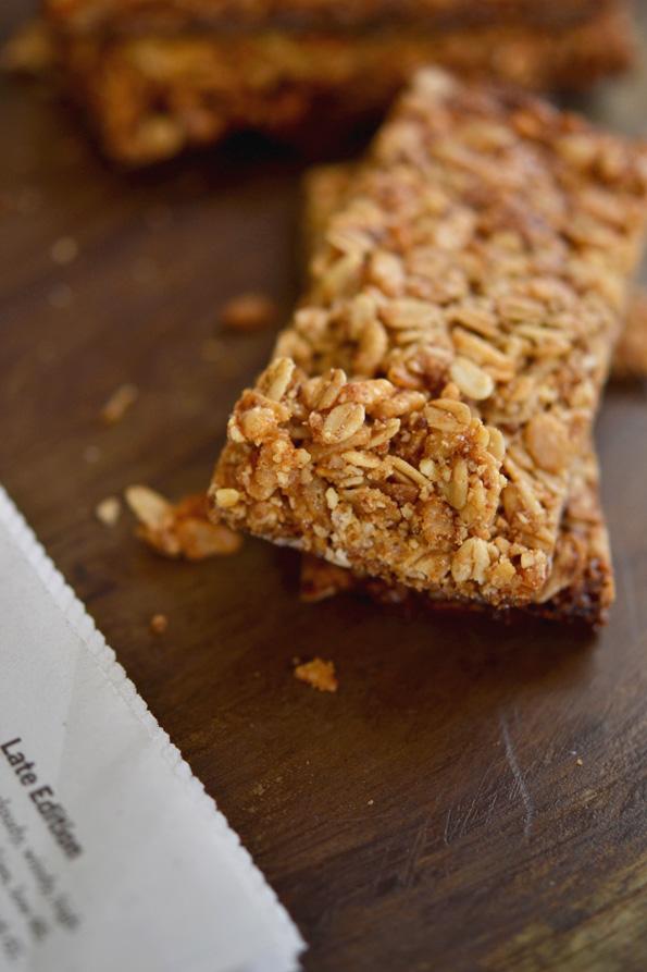 Gluten Free Breakfast: Crunchy Granola Bars