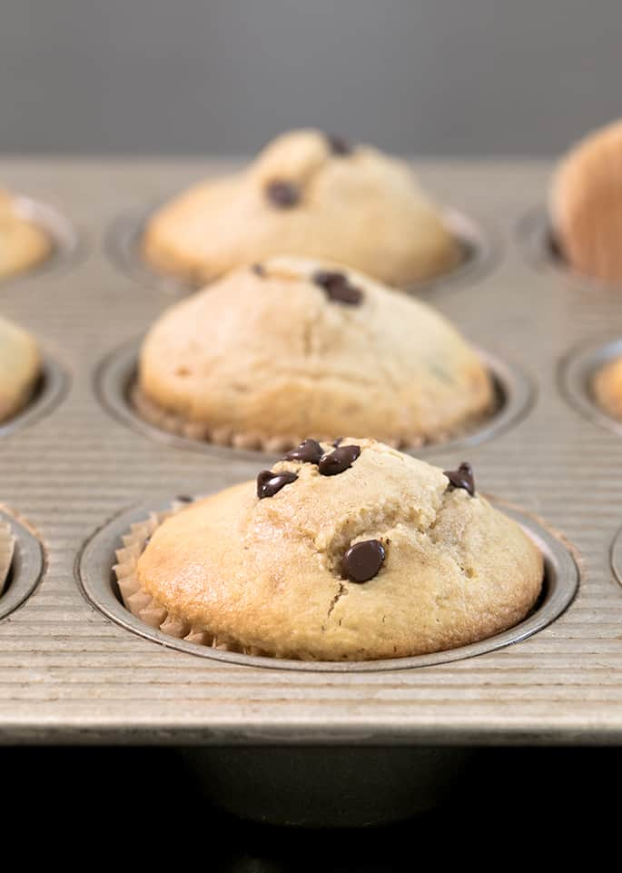 These almondflour muffins are just like the generous muffins you see in a bakery, but way lower carb and only lightly sweet. Make them with chocolate chips, whatever mix-in you like, or nothing at all!