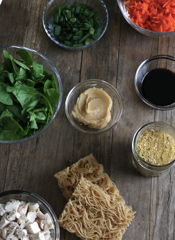 Get this tested recipe for gluten free instant noodle cups made with gluten free ramen noodles and homemade vegetable bouillon. The perfect office lunch!