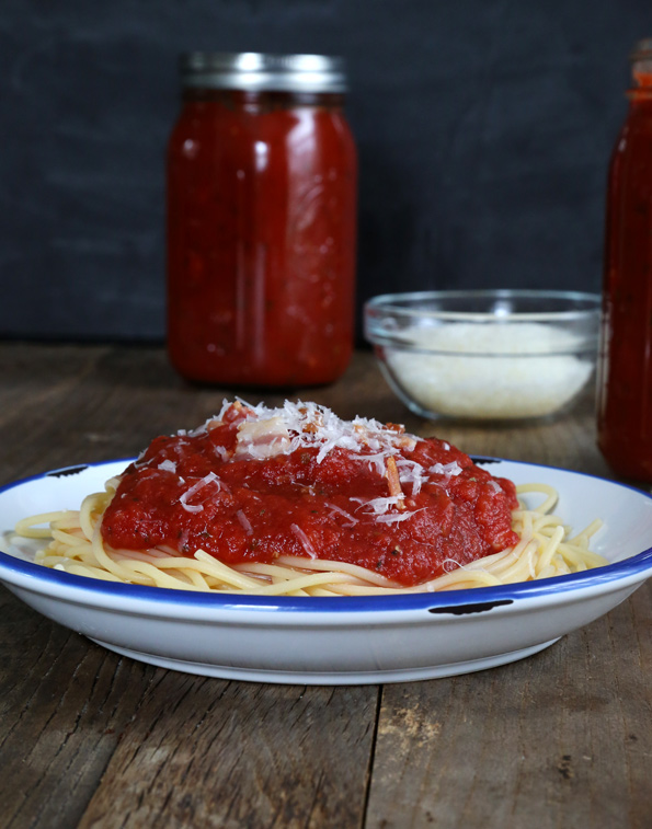 D.I.Y. Fridays: The Best Tomato Sauce Recipe
