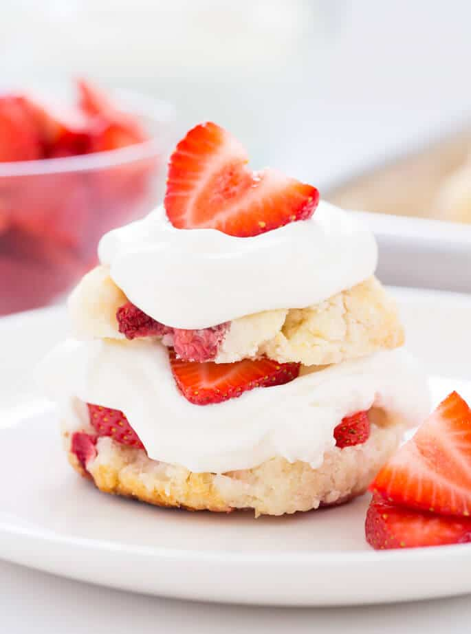 This easy gluten free strawberry shortcake recipe, made from scratch, is the classic summer dessert that everyone loves. Make the biscuits ahead of time and serve in minutes! https://glutenfreeonashoestring.com/