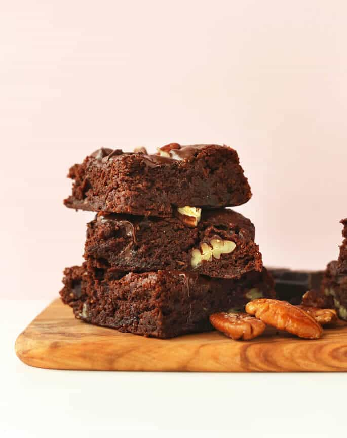 Easy vegan gluten free brownies from Minimalist Baker
