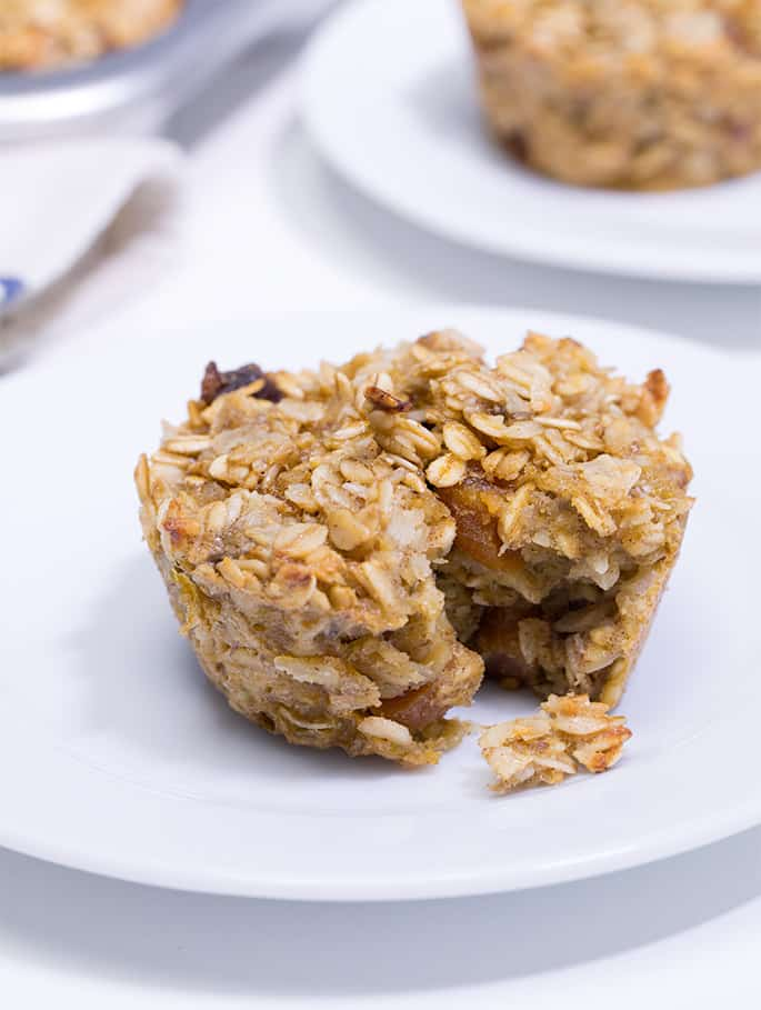 Get this tested, easy-to-follow recipe for healthy oatmeal muffins—with no added sugar and plenty of whole grains. Naturally gluten free, and kid approved!