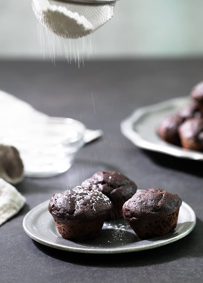 These Weight Watchers brownie bites are made with applesauce and just the right amount of brown sugar for 3 PointsPlus for 2. Gluten free brownies at their absolute best!