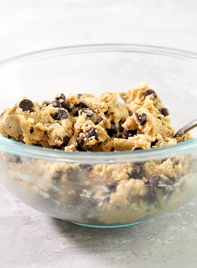 Remember the taste and texture of Mrs. Fields cookies? This easy gluten free chocolate chip cookie recipe in the Mrs. Fields style brings it all back.