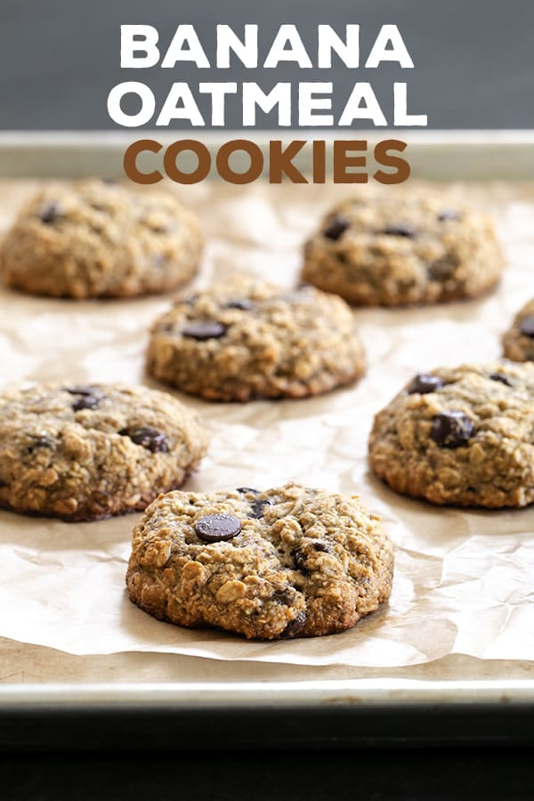 These whole grain banana oatmeal cookies are soft and chewy, sweetened only with bananas and honey and a few chocolate chips. The perfect grab and go breakfast for busy mornings! #glutenfree #gf #breakfast #breakfastcookies #grabandgo