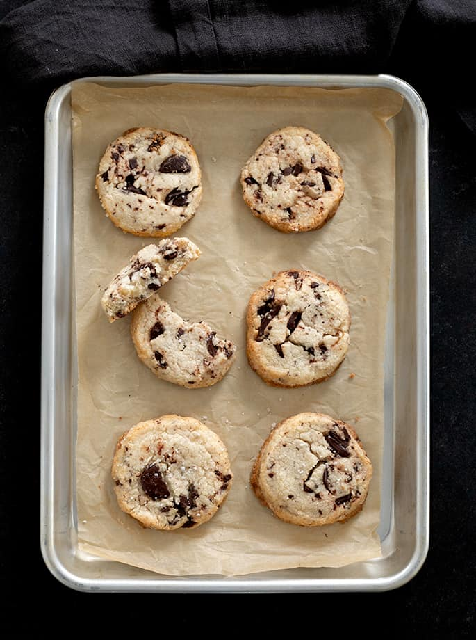 These gluten free chocolate chip shortbread cookies are a salty-sweet reminder of why chocolate chip cookies & shortbread are the best cookies in the world.