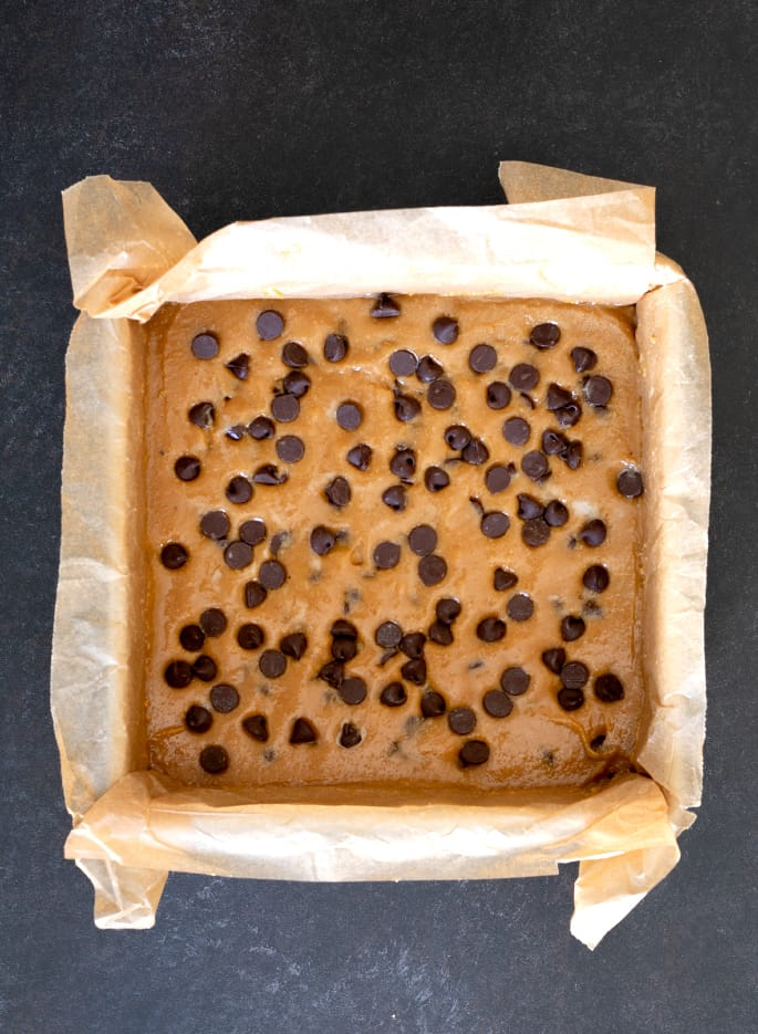 Rich in peanut butter flavor, these super chewy blonde brownies are made without any dairy or grain and they're naturally gluten free.