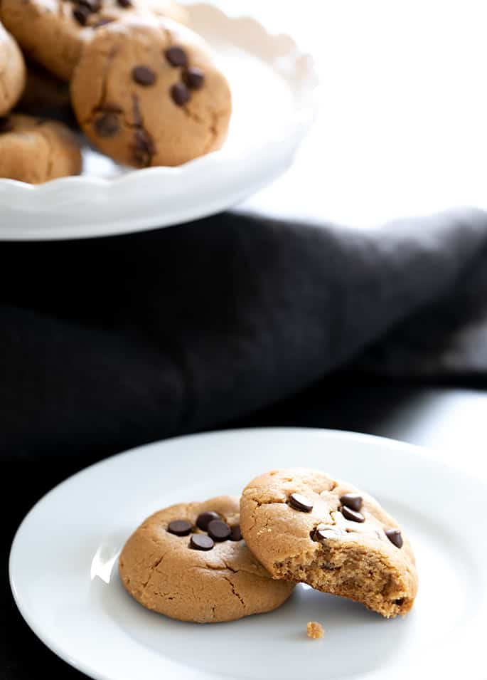 This recipe for flourless peanut butter chocolate chip cookies, with only 6 simple ingredients, makes perfectly soft and chewy cookies. You'll never believe they have no flour!