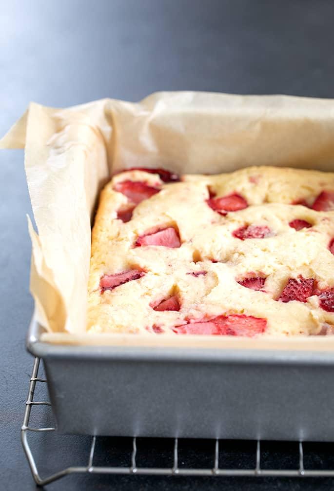 Strawberry breakfast cake baked in pan